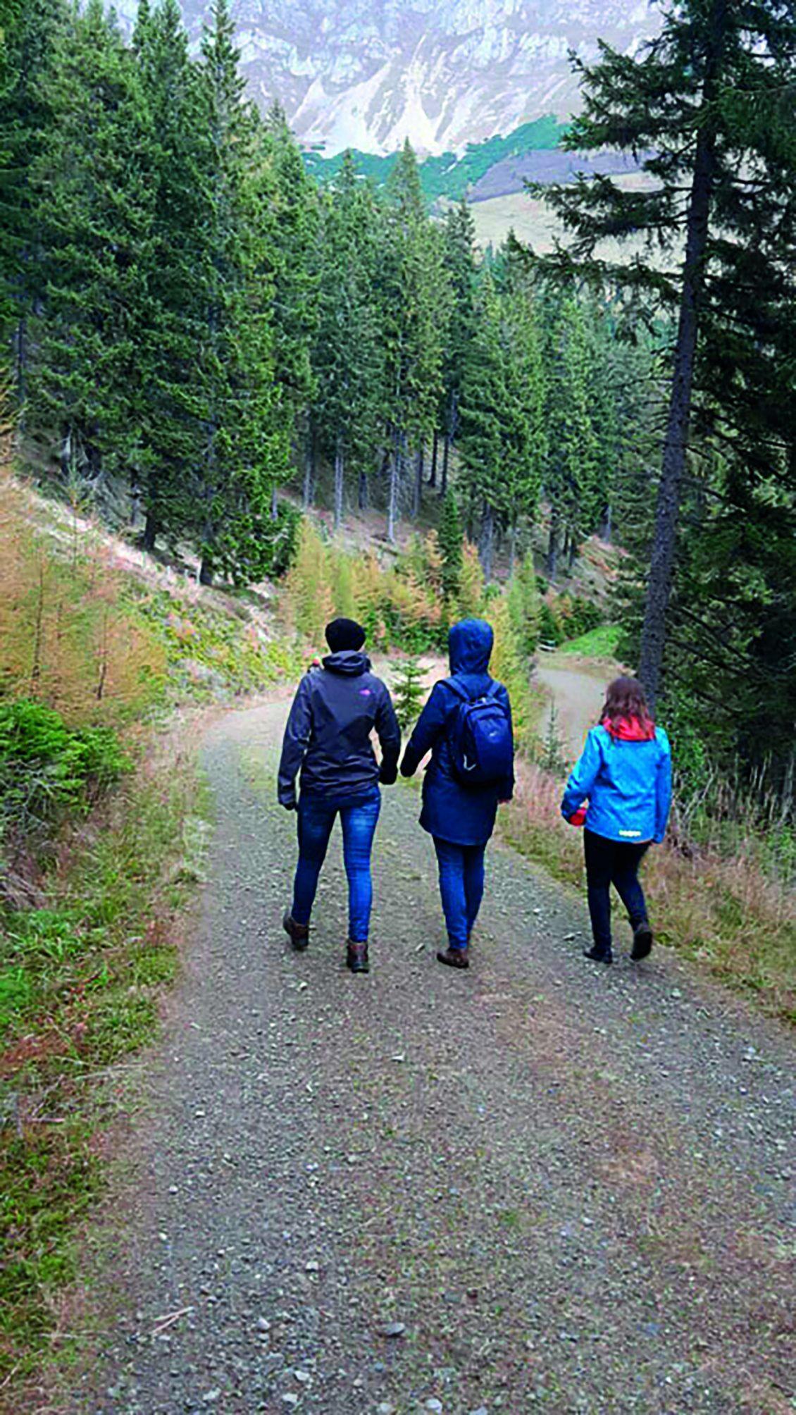 Wanderexerzititen für junge Frauen