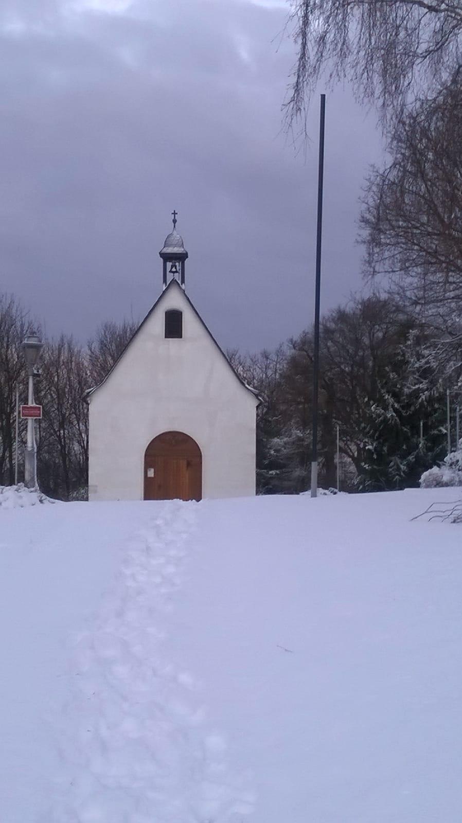 Kapellchen im Schnee